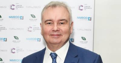 Eamonn Holmes shares health update as he employs new tech in struggle with chronic pain